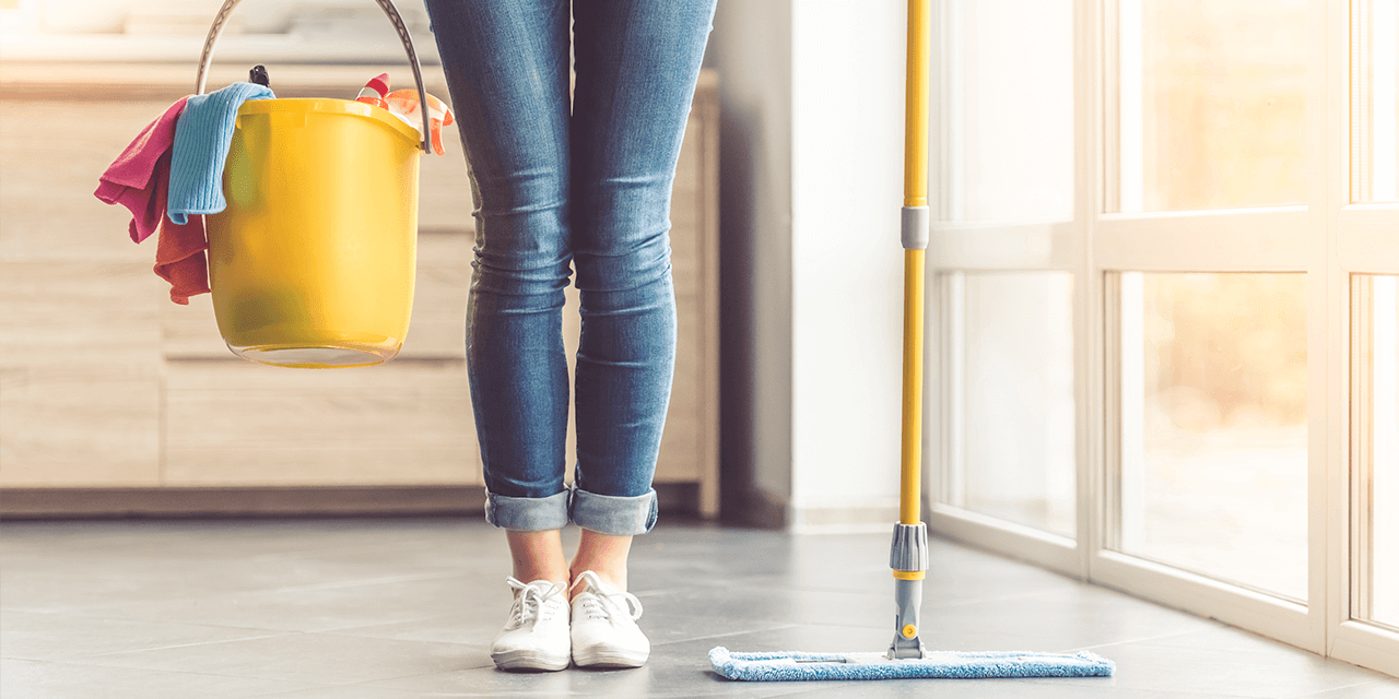 Limpia tu hogar de forma natural